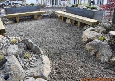 Outdoor seating at The Lofts at Narrow