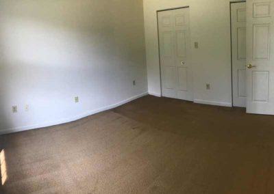 Empty Oak Meadows bedroom in Sinking Spring apartment for rent