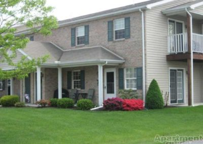 Oak Meadows apartments in Sinking Spring, PA