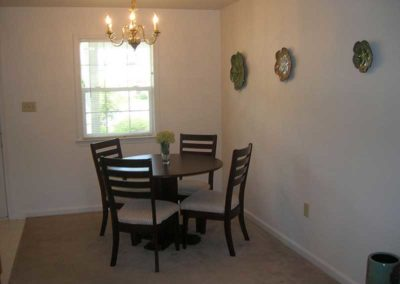 Dining area in Oak Meadows Sinking Spring, PA apartment