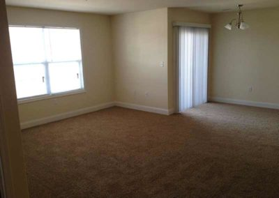 Empty room of apartment for rent in Reading