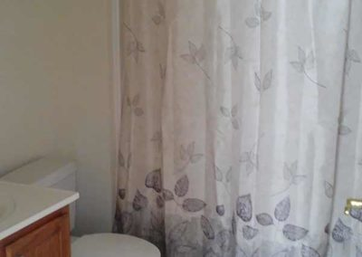 Shower in Wyomissing Garden apartments bathroom